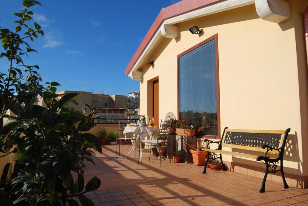 Delizioso appartamento con terrazza, Cagliari, Italy - Booking.com