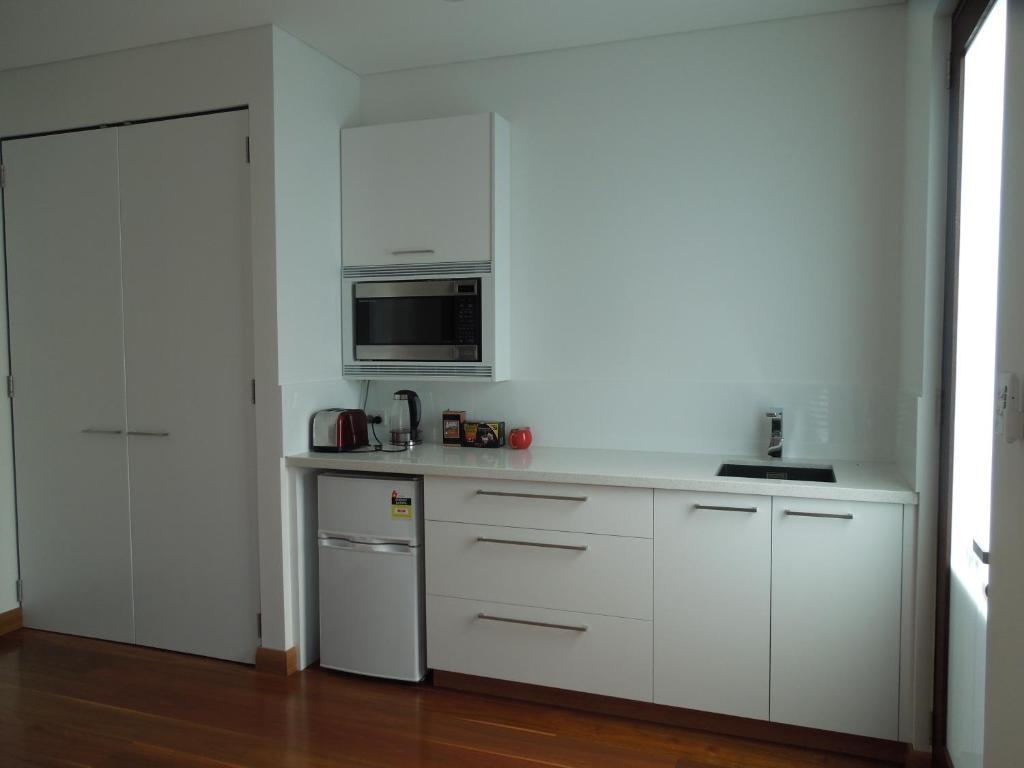 Beach Side Garden Apartment, Perth, Australia - Booking.com