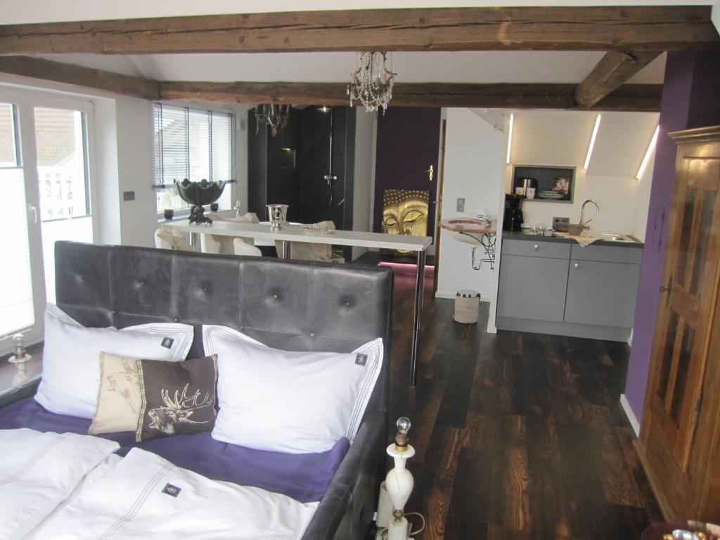 Apartment Haus Grünewald, Unsleben, Germany - Booking.com