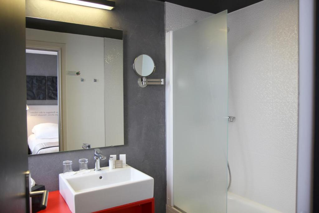 Hotel Best Western Plus, Clermont-Ferrand, France - Booking.com