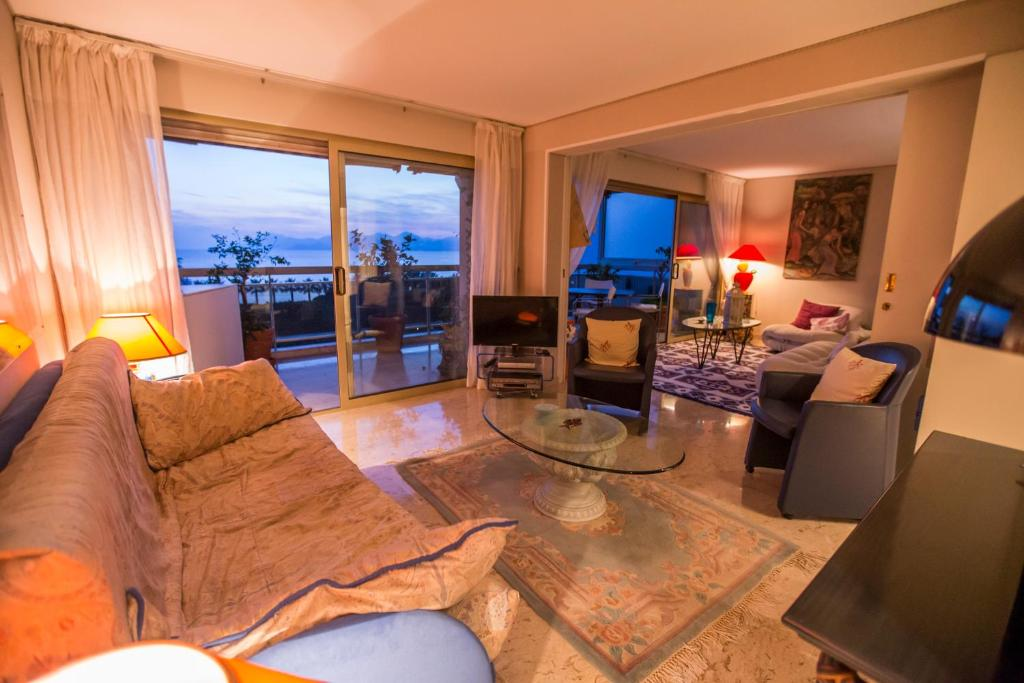 Design Apartment by Connexion, Cannes, France - Booking.com