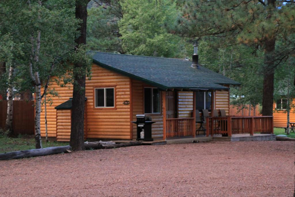 to do scenic hiking in greer walk walks mountain activities hike and az cabins lodge things