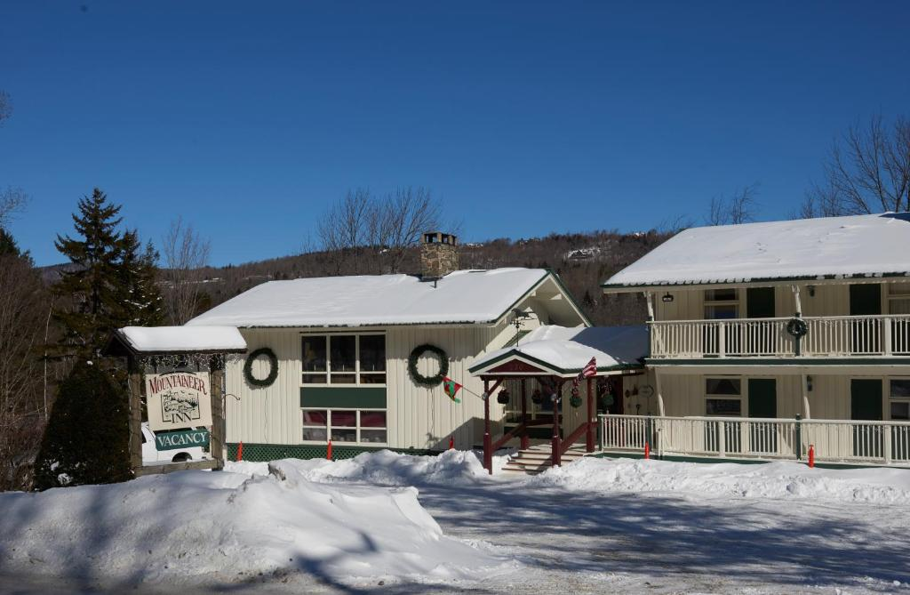 mount snow mountaineer inn west dover vt booking com rh booking com