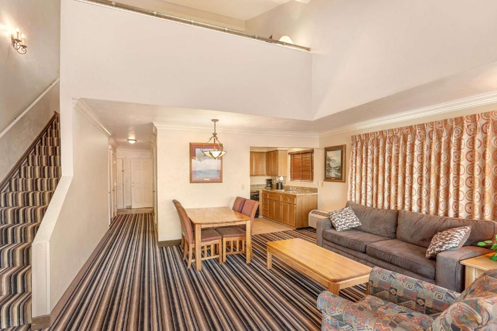 hotel best western plus lincoln sands lincoln city or booking com rh booking com best western lincoln city or or best western lincoln city coupon