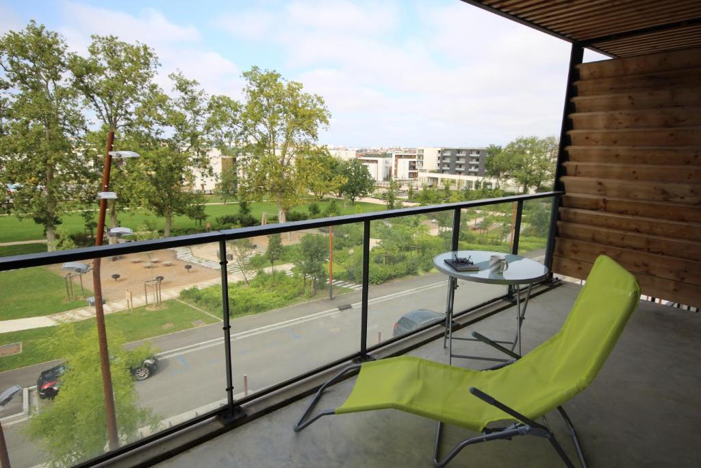 Moderne t2 avec balcon et parking balma tarifs 2019 for Ville super moderne