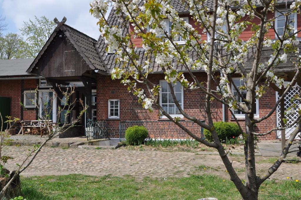 Haus mit garten  Tatil evi Großes Haus mit Garten vor Hamburg (Almanya Hörpel ...