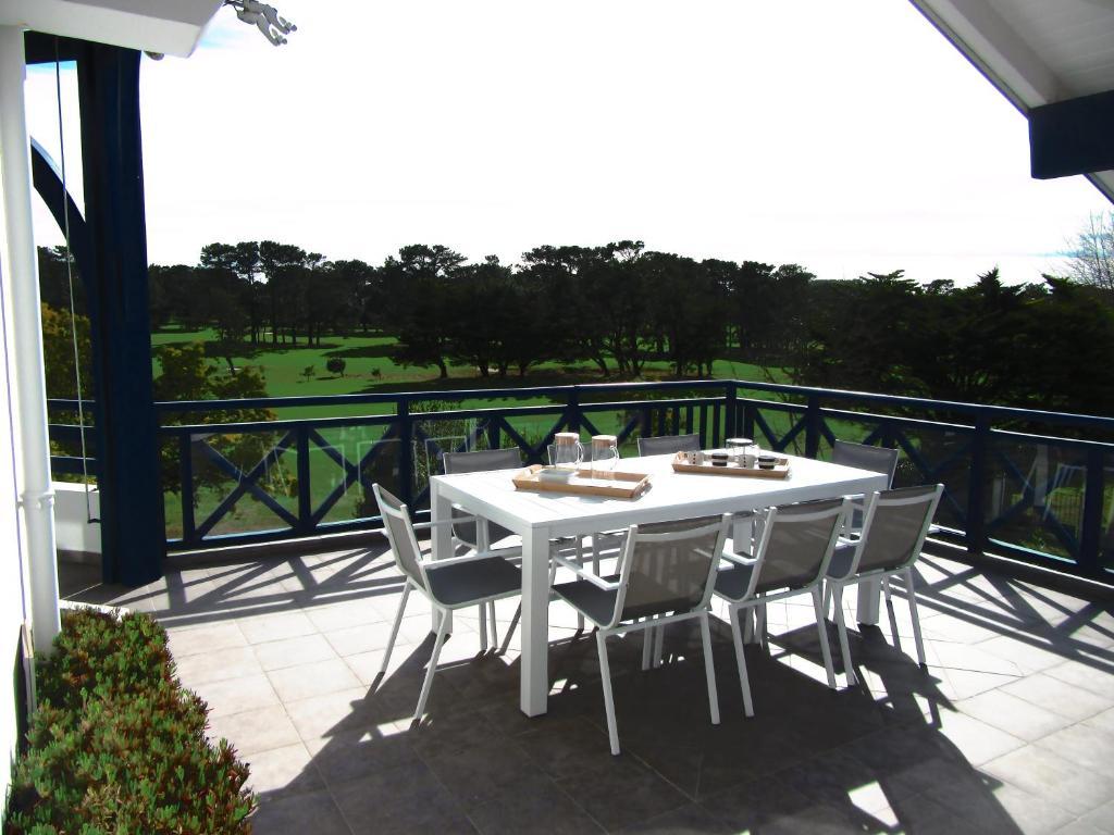 vue golf biarritz phare anglet tarifs 2019. Black Bedroom Furniture Sets. Home Design Ideas