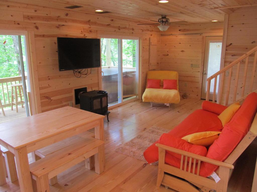 Vacation Home Nantahala Lake View Cabin, Aquone, NC - Booking.com on