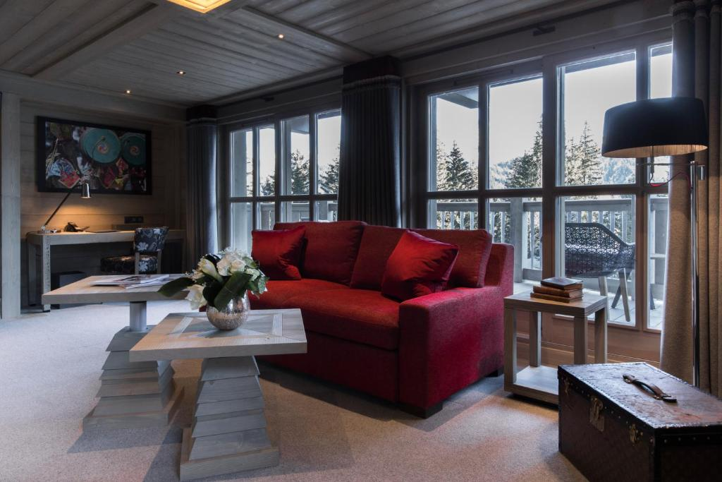 Hotel Le K2 Altitude, Courchevel, France - Booking.com