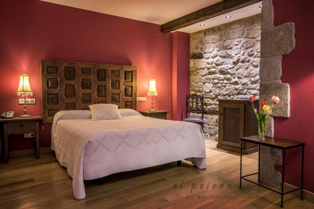 boutique hotels in sos del rey católico  40