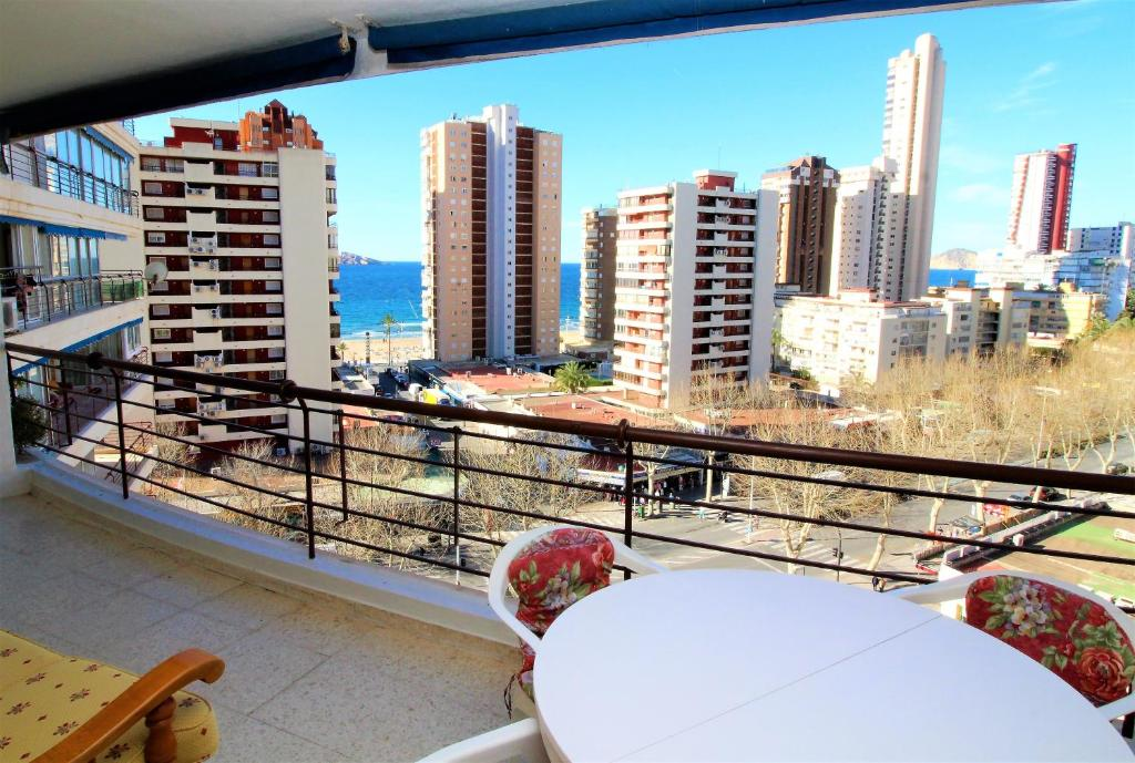 Apartment With Sea View In Harbour Terrace And Garden Close