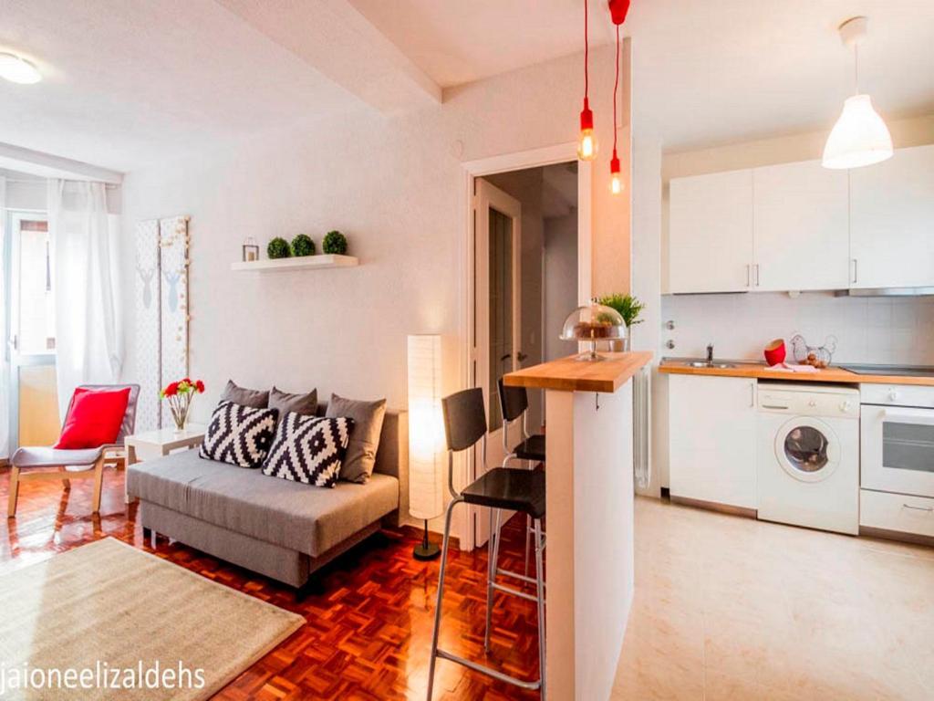 Apartamento Nicanor 5 Pamplona Spain Booking Com ~ Apartamentos En Pamplona Alquiler