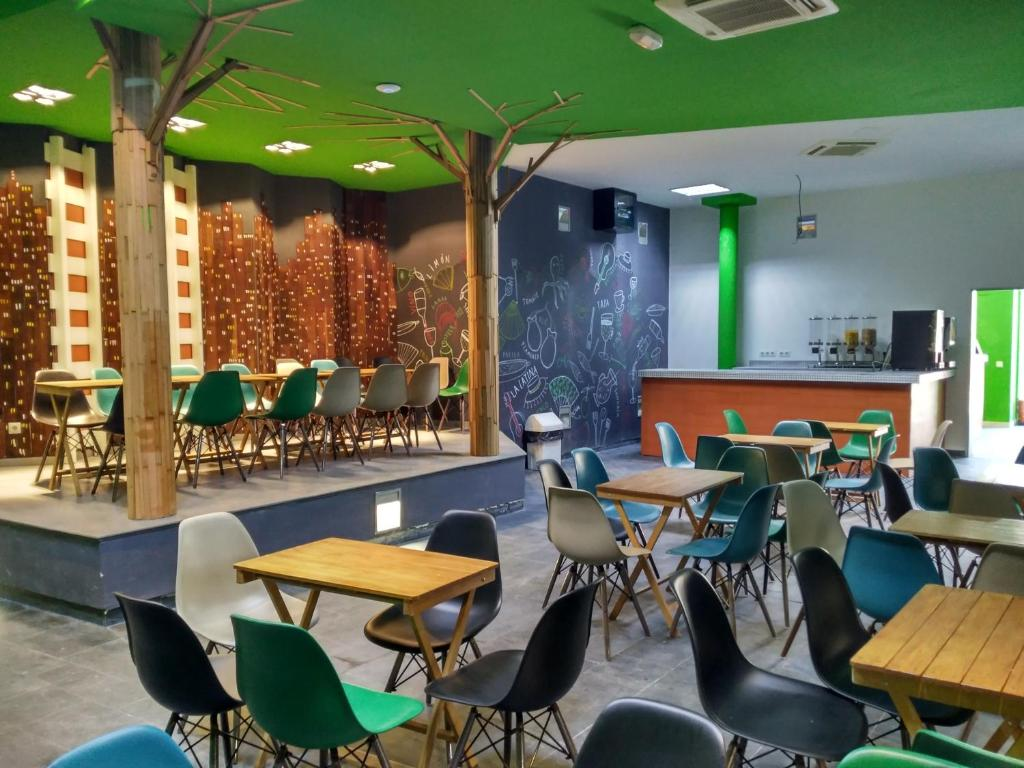 A restaurant or other place to eat at Motion Chueca