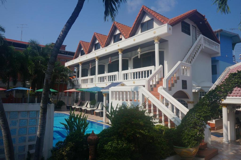 ヴィラ オランジェ パタヤ(Villa Oranje Pattaya)