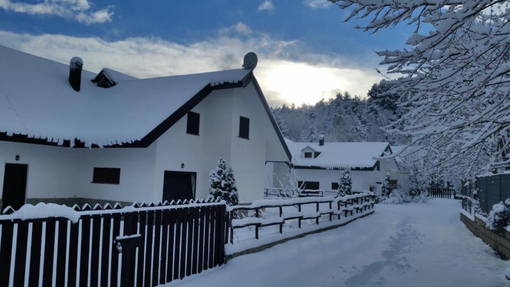 Le ville di villaggio palumbo casa pasquale prezzi for Villaggio palumbo