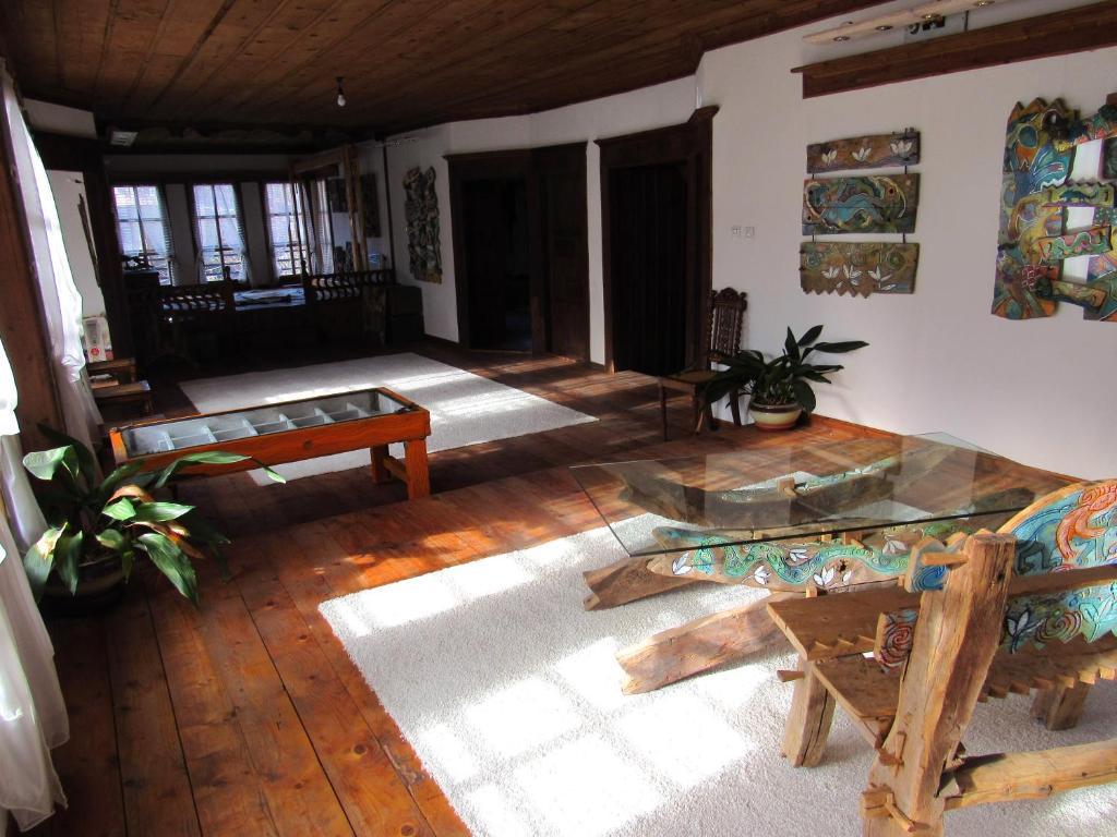 Ваканционна къща Art house - Смолян