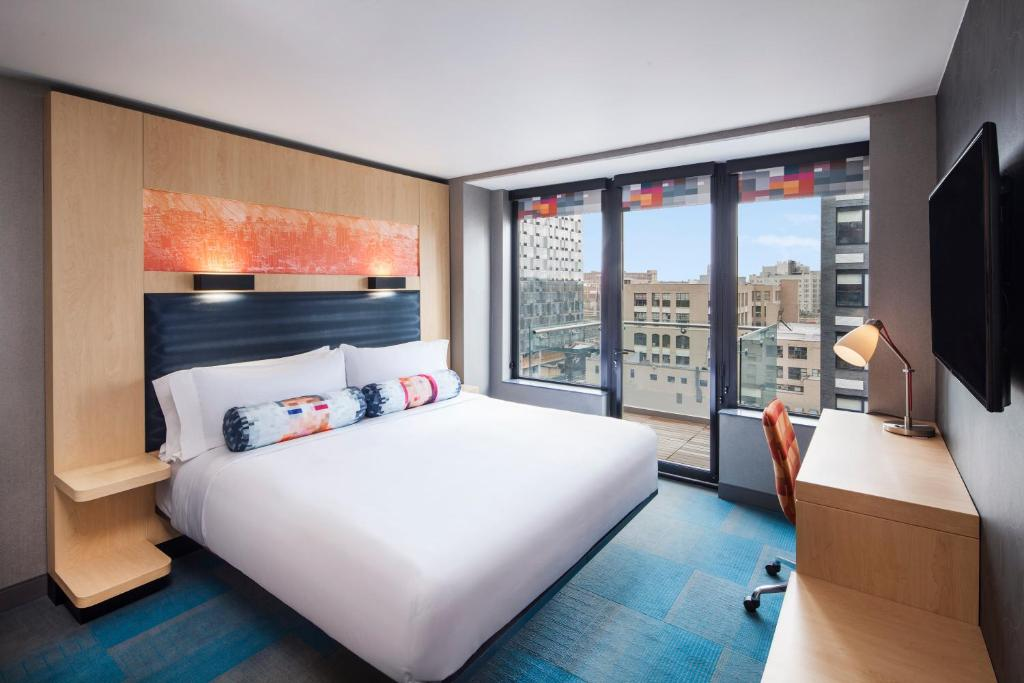 The best affordable hotels in new york city that adventurer for Dog friendly hotel nyc