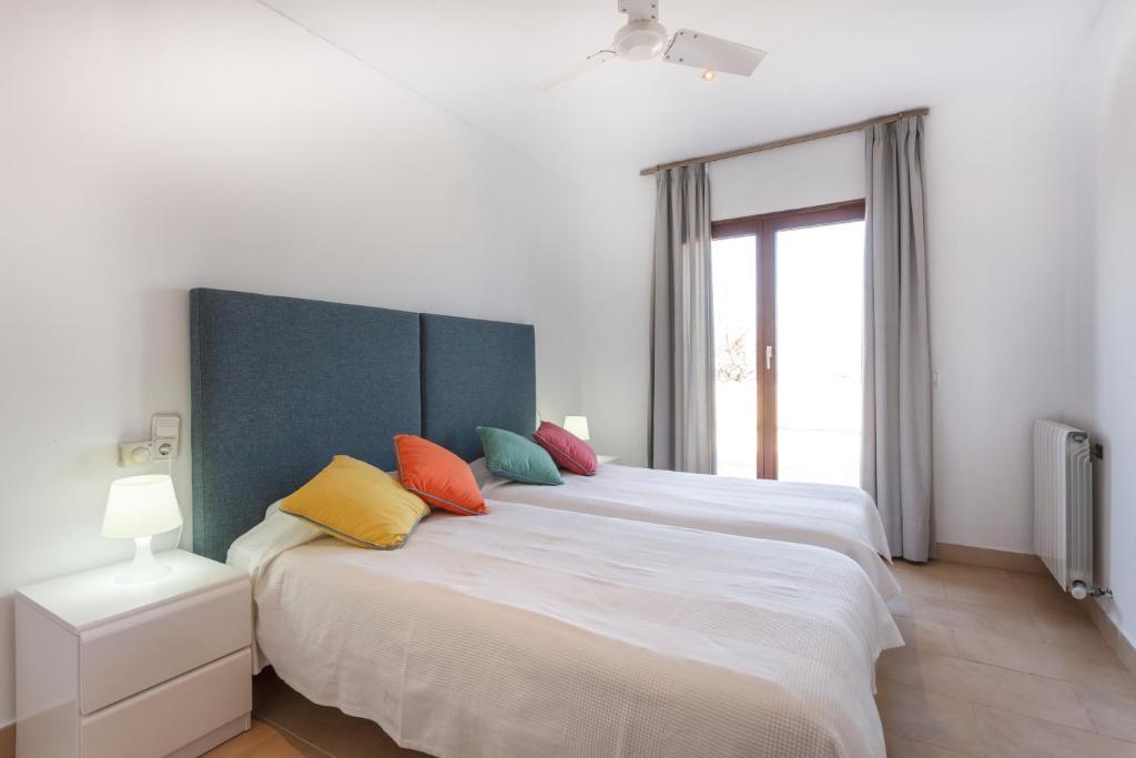 gran imagen de CALA AGULLA First Line Apartment