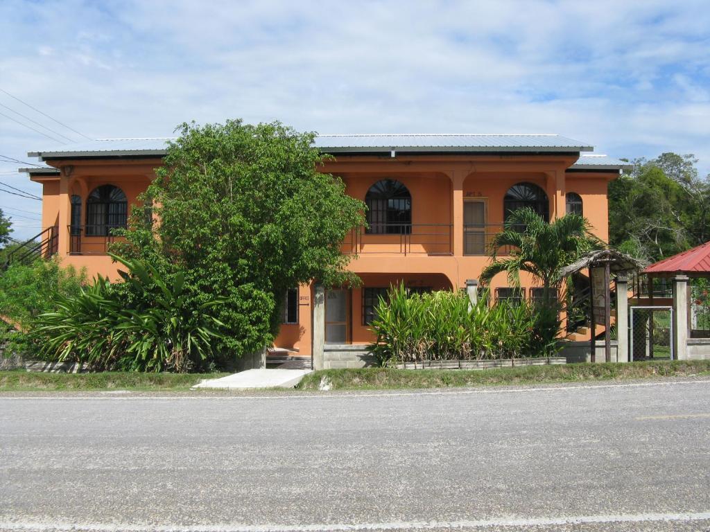 Apartments In Trapiche Cayo