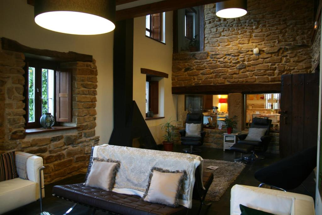 boutique hotels in muxika  7