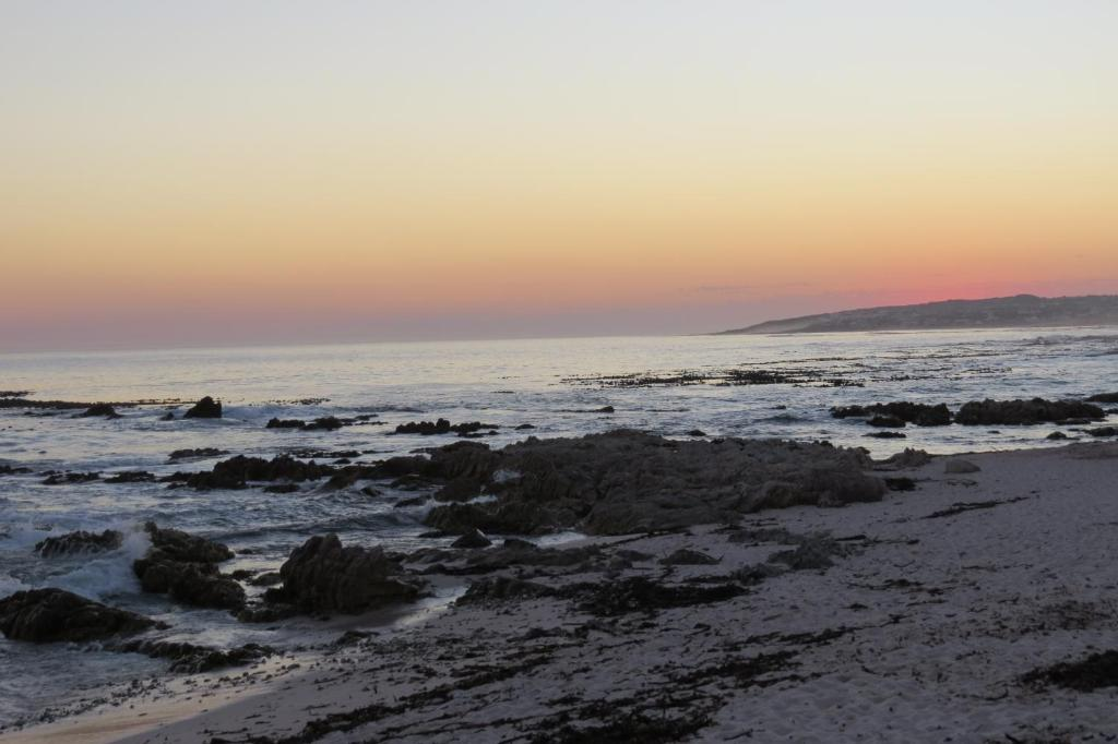 Kure Kure Accommodation Hermanus Updated 2019 Prices