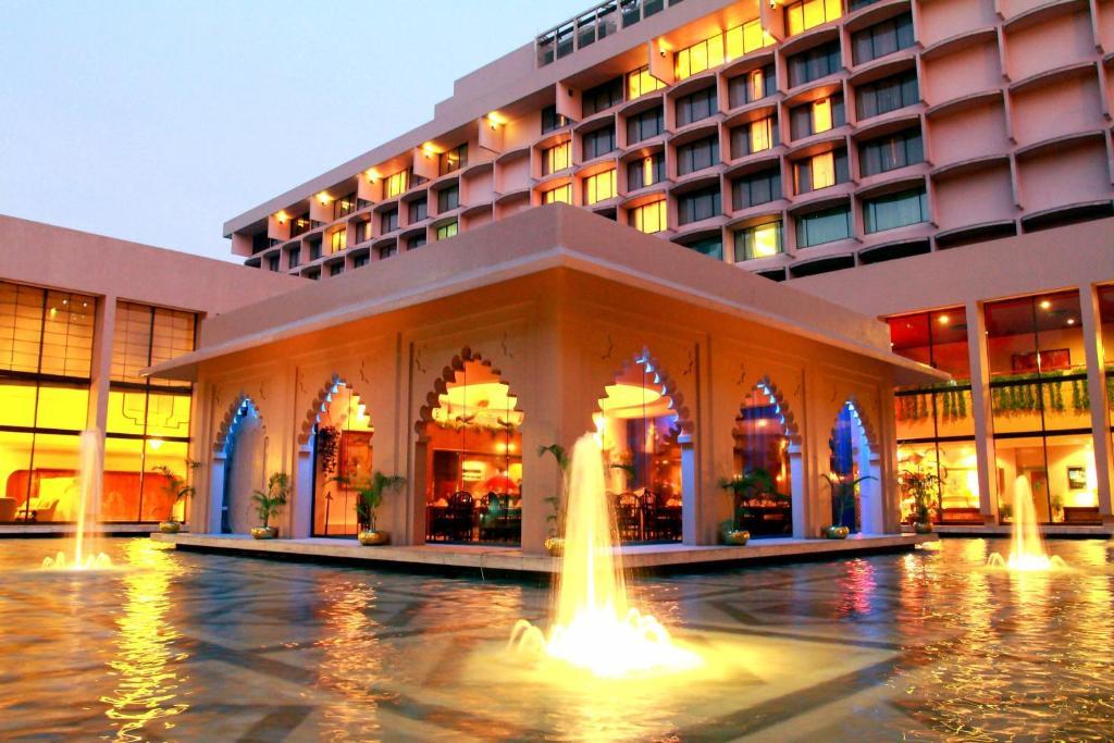 Dhaka hotel girl rate
