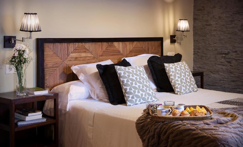 hotels with  charm in puerto de vega  51