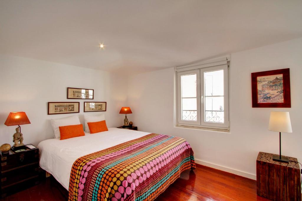 Great duplex apartment in alfama, lisbon, portugal   booking.com