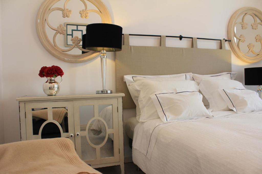 Cama o camas de una habitación en Lisbon Downtown Inn