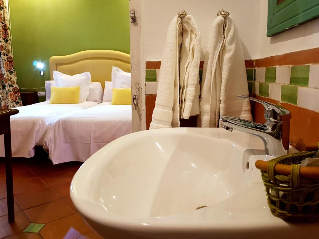boutique hotels in granada  115