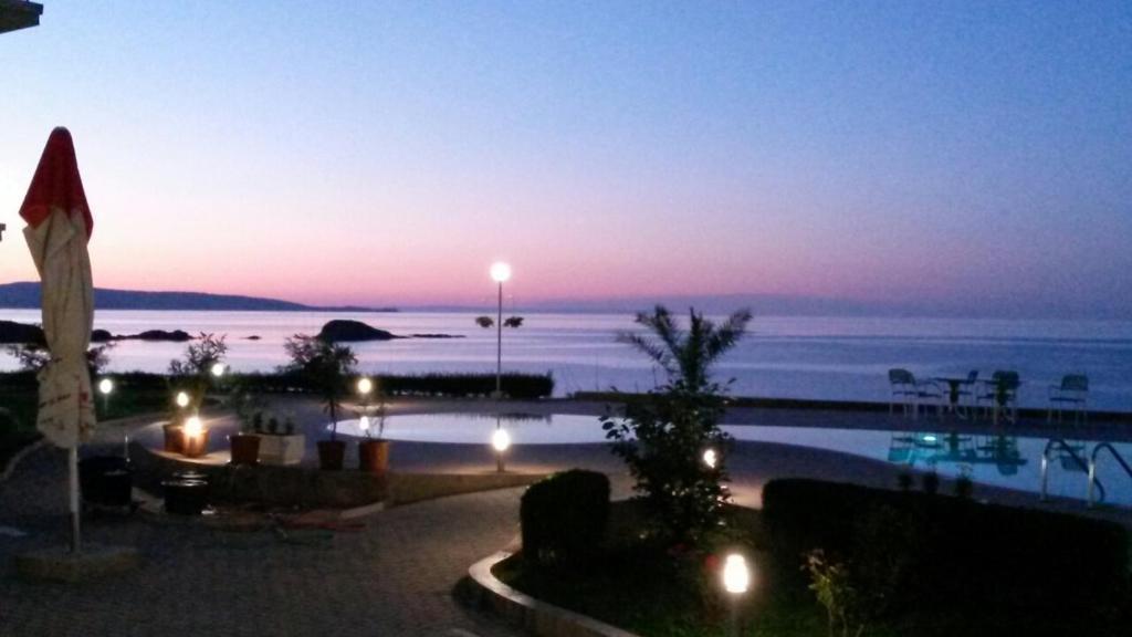 Апартамент Alexander Lozenets Beach Complex Apartments - Лозенец