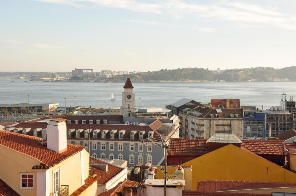 Bica Lovely View Apartment Lisbon Portugal Booking Com