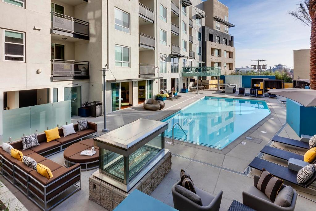 Hollywood Apartments Los Angeles Ca Booking Com