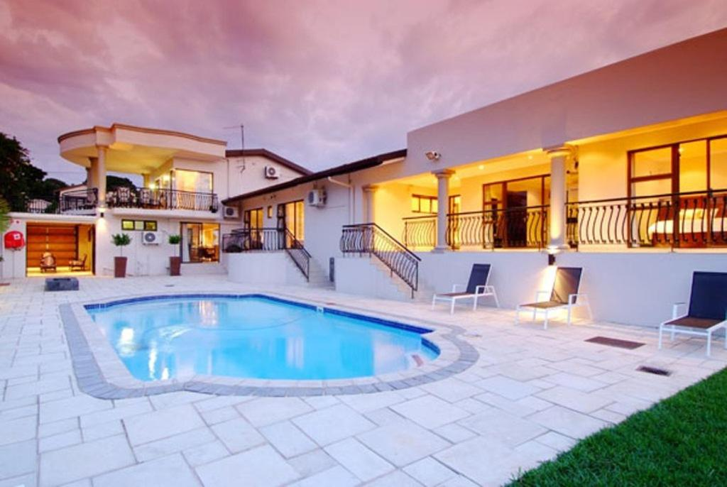 Sanchia guest house durban south africa for Houses with guest house