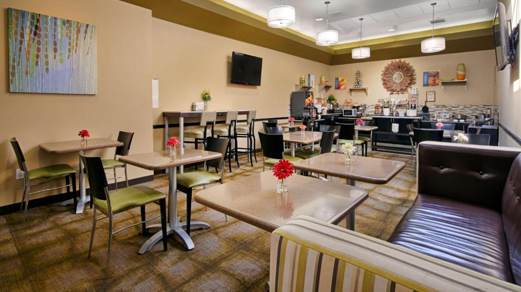 Bw Canoga Park Motor Inn Ca Booking Com