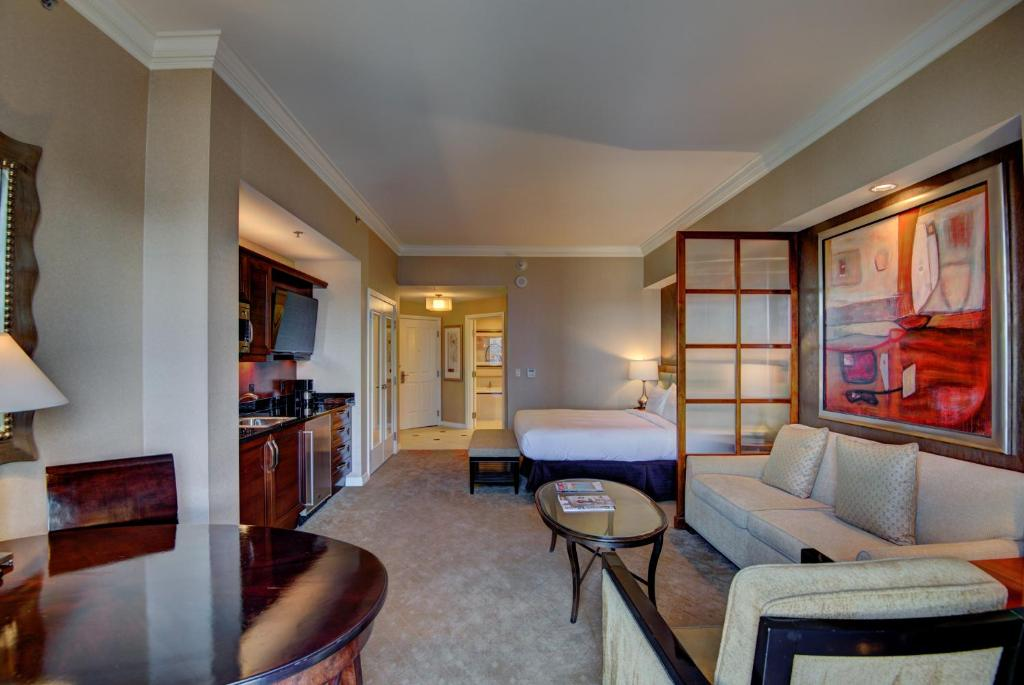 Penthouse Suite At The Signature At MGM Grand Las Vegas Updated Beauteous 3 Bedroom Penthouses In Las Vegas Ideas Collection