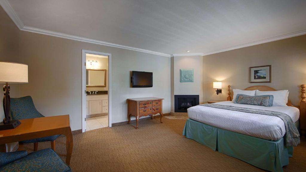 Fireplace Design fireplace inn carmel : Hotel BWestern Carmel Bay View, CA - Booking.com