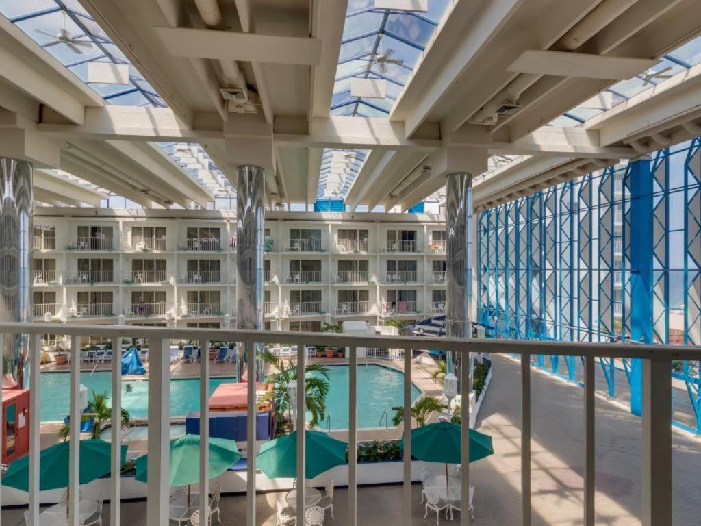 Princess Royale El Ocean City Md Official Site Oceanfront Resort