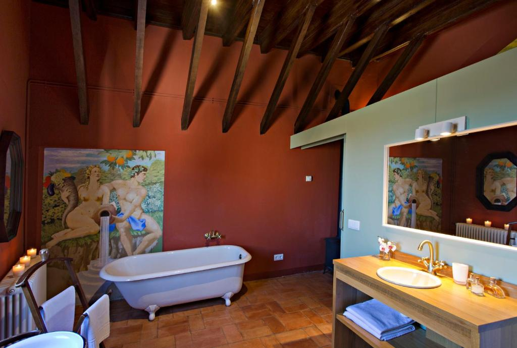 hotels with  charm in casavells  19