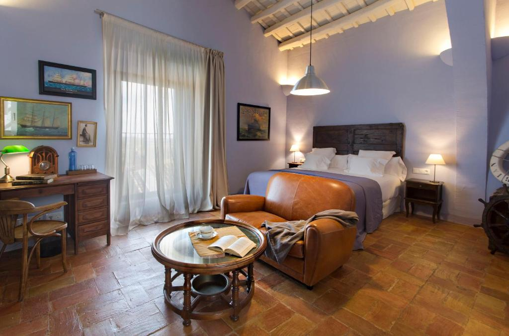 hotels with  charm in casavells  25