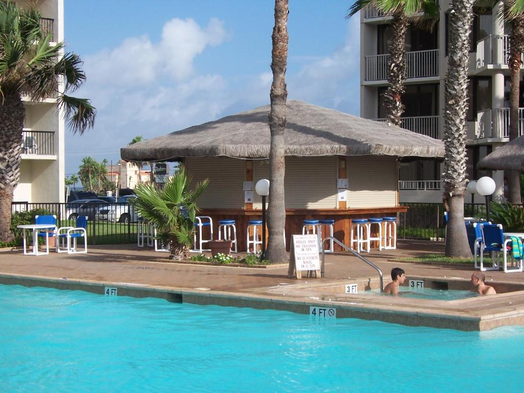 Beachside Condo 2 Bedroom Sleeps 9 South Padre Island Tx