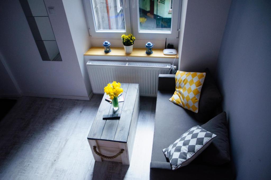 Cracow Jacuzzi Apartments - White Room, Krakow - Harga ...