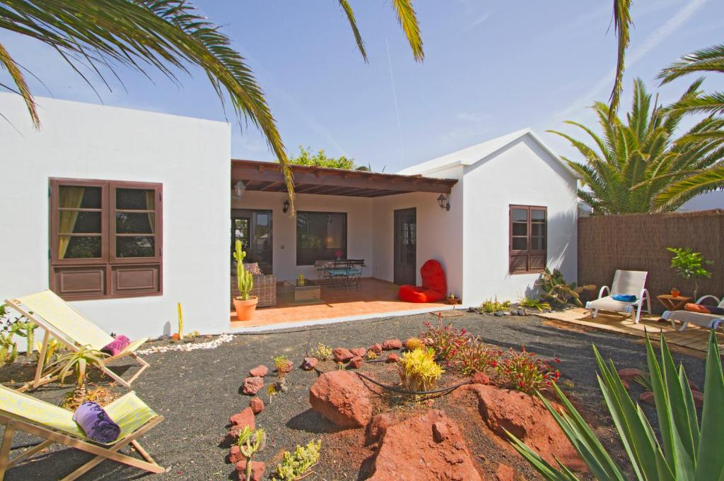 Wheelchair adapted villa lanzarote