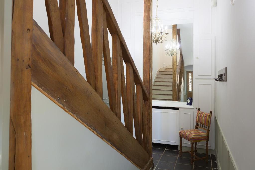 Maison De Vacances / Gîte Maison Piscine Interieure (France