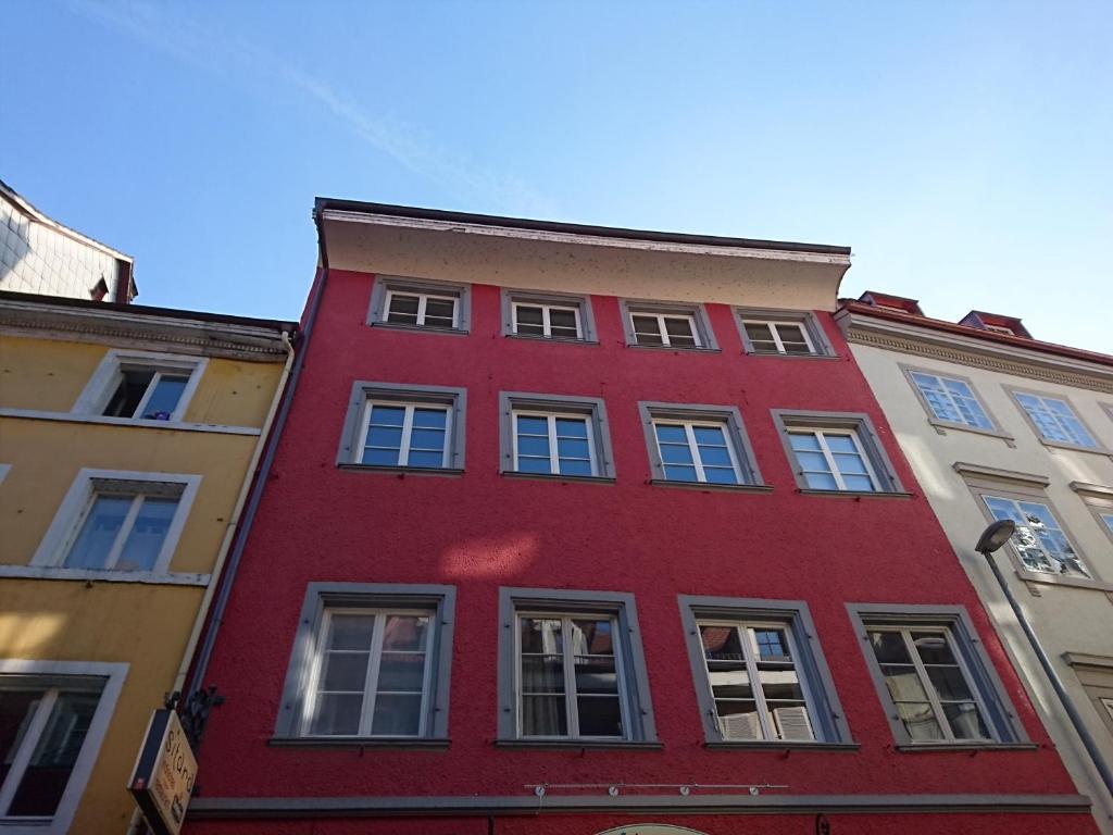 Bosch Kühlschrank Roter Knopf : Apartment zum roten knopf deutschland konstanz booking