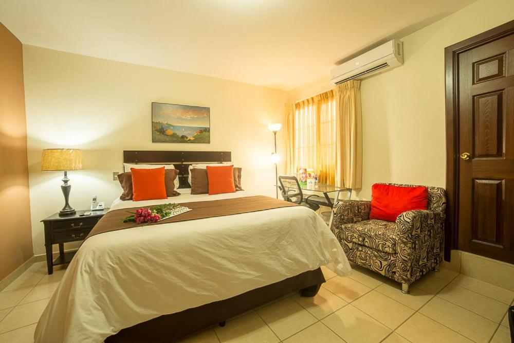san salvador senior singles Sheraton presidente san salvador hotel: detailed hotel room amenities and highlights in san salvador.