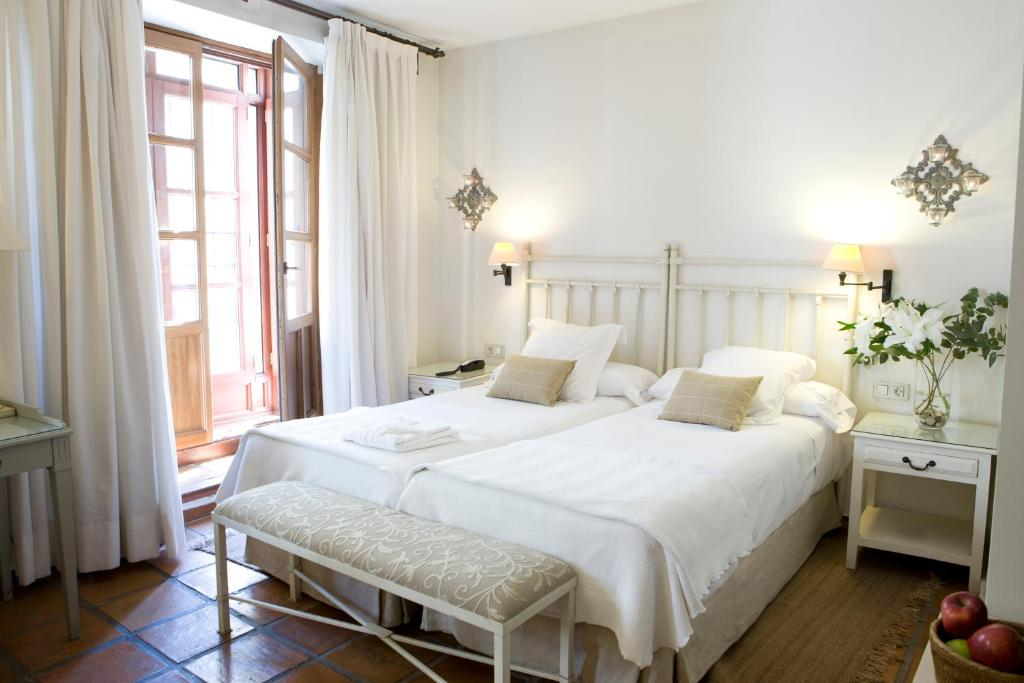 boutique hotels in granada  34