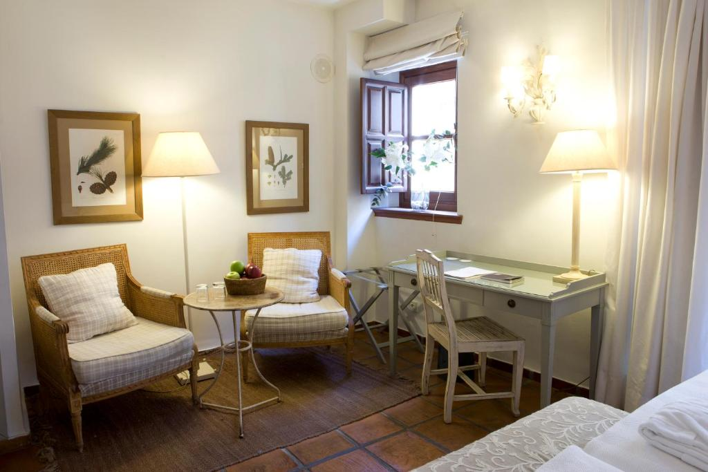 boutique hotels in granada  149
