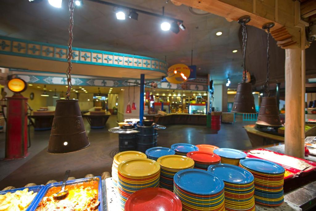 Camere Santa Fe Disneyland : Disney s hotel new york in disneyland paris ab u ac destinia