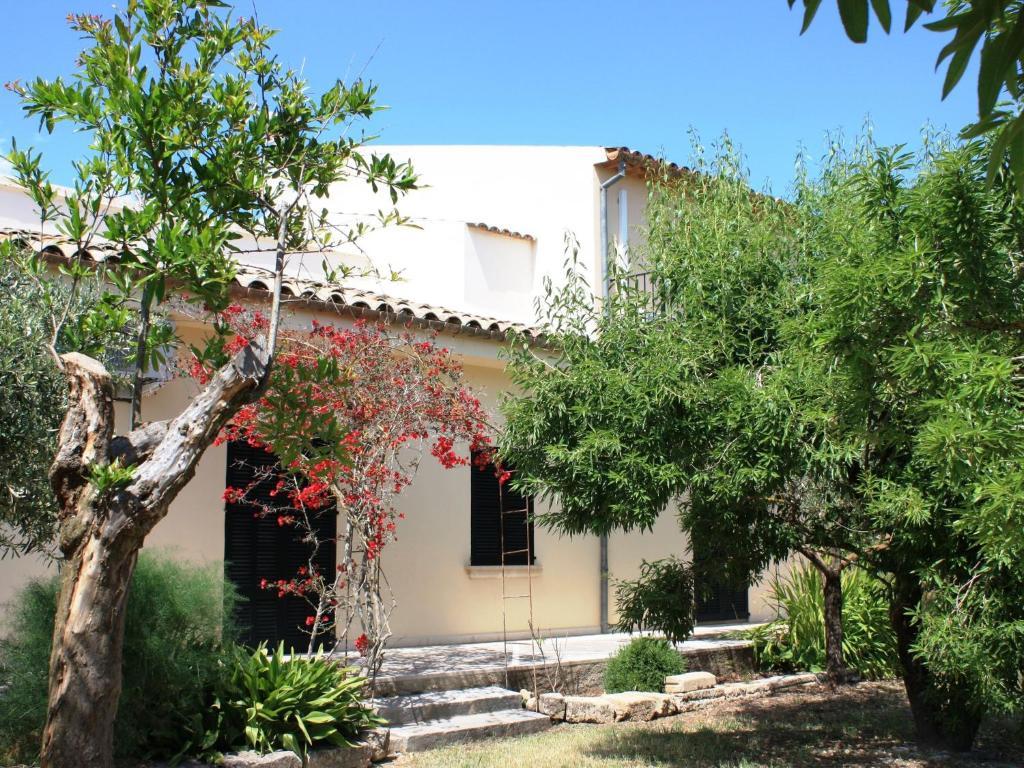Hotel cerca : Holiday Home Es Figueral De Son Serra Beger